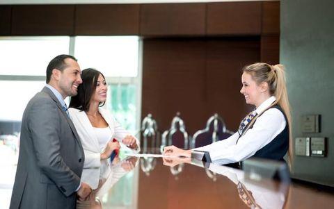 Otelde Reklam Rezervasyon Departmanında Çalışıcak Elemanlar Aranıyor